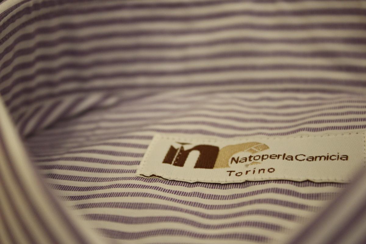 L'etichetta 'Nato per la camicia'