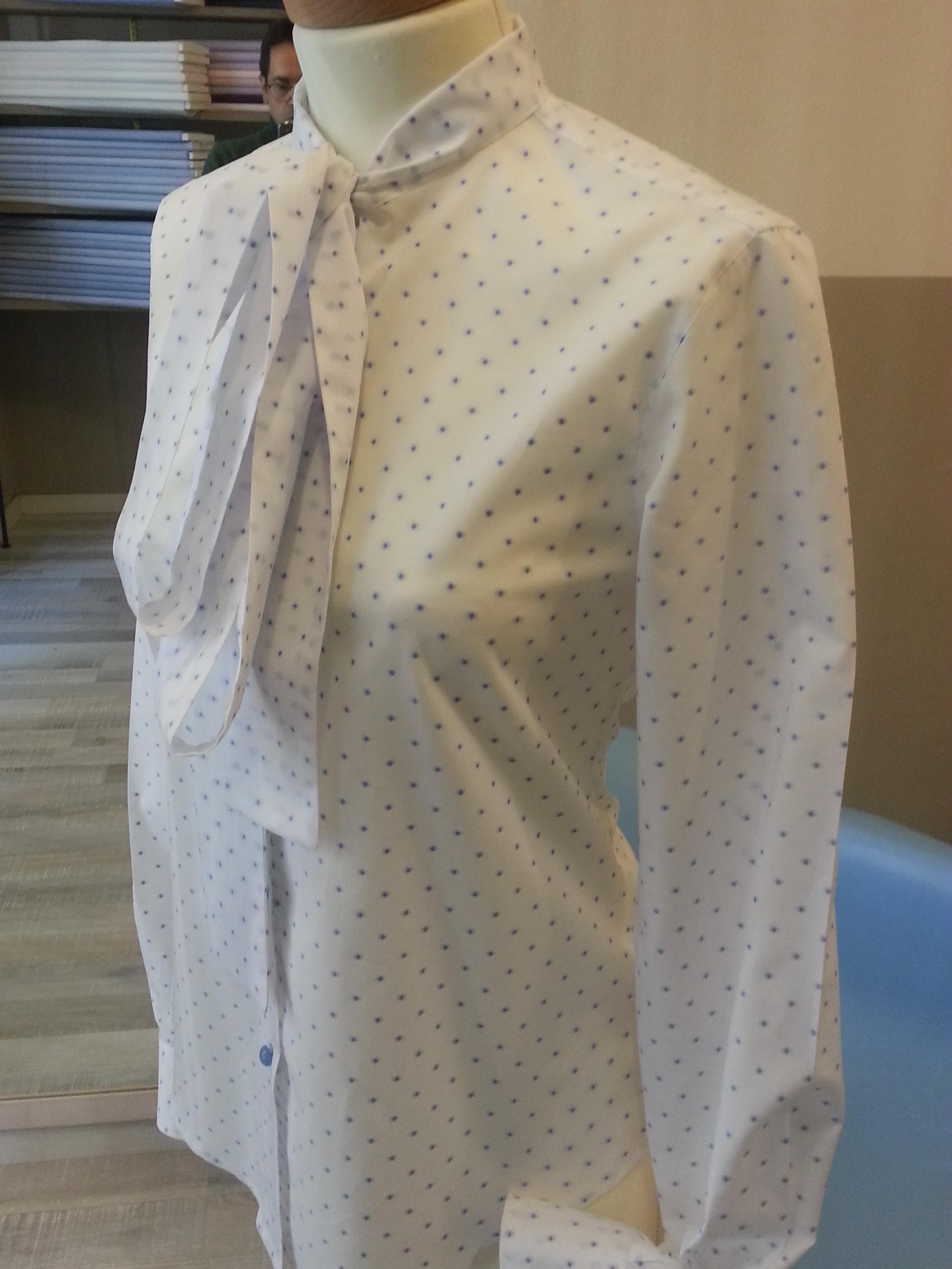 Collo Misura Donna Per Con Camicia Da La Su SciarpinaNato rCBtshQdx